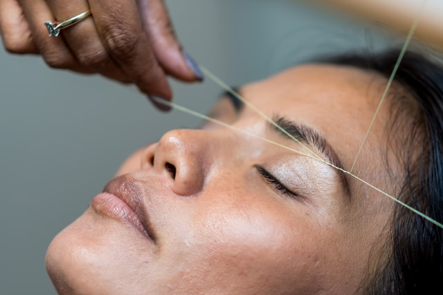 threading tips remove hair