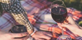 Try these 10 smart hacks to add some amazing taste to your boxed wine